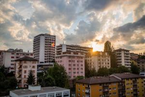 Preturile apartamentelor au crescut usor in luna martie, locuintele din Cluj-Napoca ramanand cele mai scumpe din tara