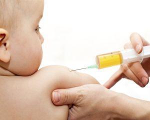Primarul New York-ului, in razboi cu parintii pe care ii obliga sa-si vaccineze copiii