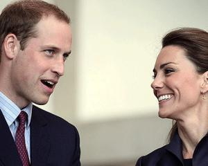 Printul William si sotia sa  criticati de istoricii din Marea Britanie