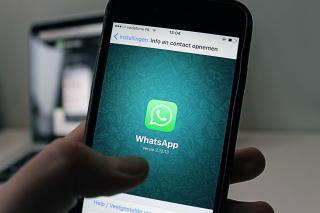 Probleme de securitate la WhatsApp. Cum iti poate citi aplicatia mesajele private