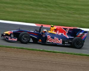 Probleme mari in Formula 1 din cauza unui roman