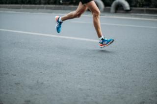 4 motive pentru care ai nevoie de adidasi profesionali de alergare