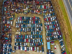 Productia globala de masini a scazut in 2018 dupa opt ani consecutivi de crestere