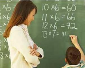 Profesorii ameninta cu blocarea anului scolar
