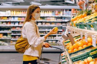 Supermarketurile cer autoritatilor sa le permita prelungirea programului de Craciun si Anul Nou