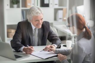 Cum iti poti reduce timpul de asteptare atunci cand mergi la banca. Clientii ING Bank primesc o noua facilitate