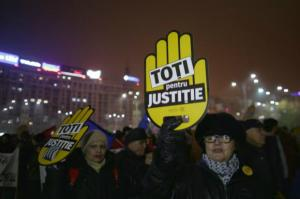 LIVE TEXT: Protest de amploare in Bucuresti. Peste 75.000 protestatari in toata tara