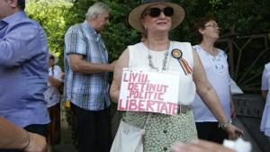 Breaking News: Protest la Cotroceni pentru eliberarea lui Liviu Dragnea