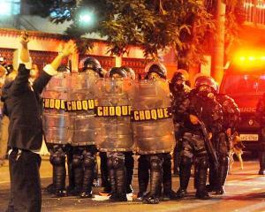 Brazilia 2014: Magazine si banci devalizate in Belo Horizonte