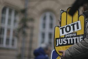 Parchete si instantele din tara anunta ca isi suspenda activitatea in semn de protest fata de modificarile din Justitie aduse de PSD-ALDE