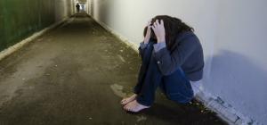 Retea de prostitutie intr-un centru DGASPC Valcea. Proxeneta, o minora de 16 ani