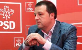Primarul PSD Braila militeaza impotriva mastii de protectie: Decat o viata sluga, mai bine patru ani vultur