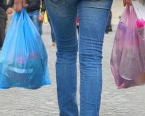 California, primul stat american care interzice folosirea pungilor de plastic