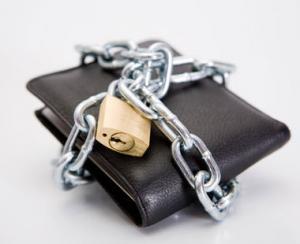 Politistii specializati in investigarea criminalitatii economice au confiscat produse in valoare de 26 de milioane de lei