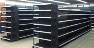 Rafturi metalice de perete - optimizarea spatiului pentru magazine