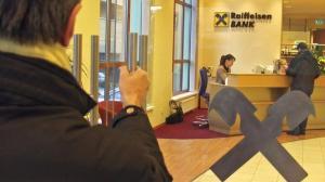 Profitul Raiffeisen a scazut cu 21%, la 140 de milioane de lei