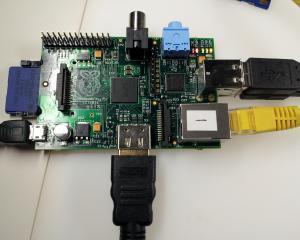 Raspberry Hack - incepe batalia intre dezvoltatorii de software si hardware