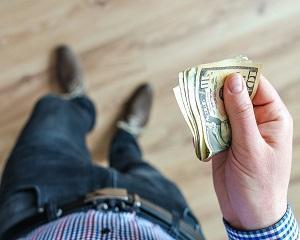 Ghidul managerului. In ce conditii un salariat raspunde patrimonial fata de angajatorul sau?