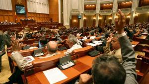 Opozitia refuza negocierile in Parlament. PNL: Nu negociem cu infractorii. Sansele de a rasturna Guvernul sunt minime