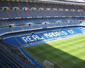 Cristiano Ronaldo ar putea juca fotbal pe un teren