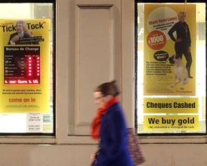 Cat de oneste sunt reclamele la firmele care ofera imprumuturi