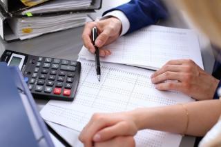 S-a adoptat OUG! Reduceri de impozit pentru anumite firme romanesti
