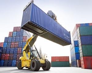 Exportatorii depasesc asteptarile