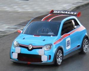 Castigurile Renault, afectate de operatiunile din Iran