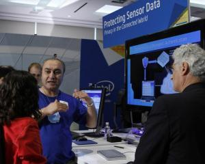 Cele mai noi inventii care fac viata mai usoara, prezentate la Research@Intel