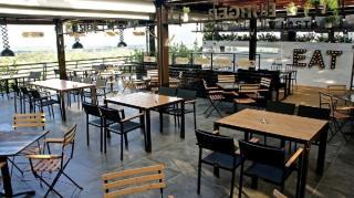 Restaurantele ar putea fi redeschise luna viitoare
