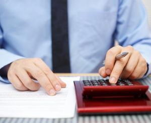 Vara a copt restantele: crestere de aproape 1% la creditele in lei