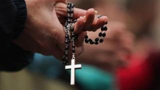 Lista restrictiilor valabile de Pastele catolic: Triaj observational in biserica, masca si distantarea fizica - obligatorii