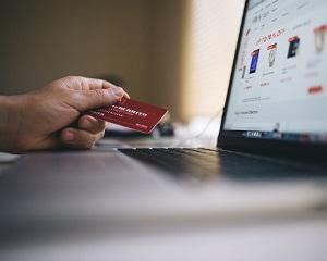 Un pericol major pentru afacerile online: clientii care returneaza fara motiv produsele cumparate