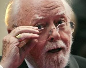 A incetat din viata regizorul si actorul Richard Attenborough