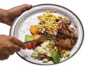 Romanii arunca mai putine alimente fata de ceilalti europeni