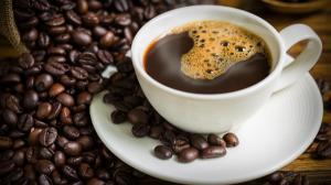 Consumi cafea? Iata riscurile la care te expui