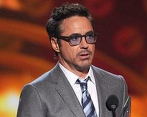 """Iron Man"" vrea sa salveze compania HTC"