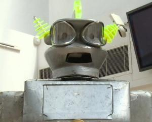Un robot construit in anii '50 a fost vandut la licitatie cu 17.500 lire sterline