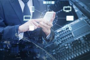 Clientii Bancii Transilvania vor interactiona cu roboti software