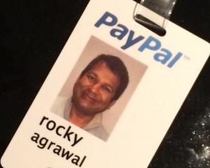 PayPal a renuntat la serviciile managerului Rakesh