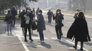 Romania celor care se tem ca vor muri de foame VERSUS Romania celor care se tem de Covid