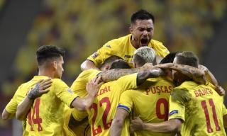 Nationala a tinut Romania cu sufletul la gura. 3-2 cu Macedonia de Nord, dupa ce am luat 2 goluri in 2 minute