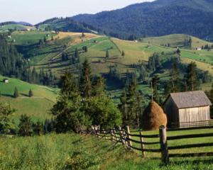Romania poate pierde fonduri de 9 miliarde de euro, daca nu are grija de Muntii Carpati
