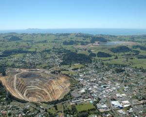 Legea minelor nu tine de investitii, cat de regimul proprietatii