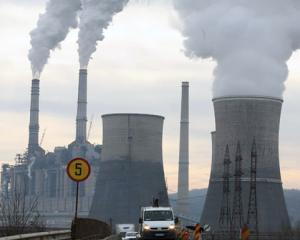 Greenpeace: Aerul este nociv, in zona industriala Rovinari
