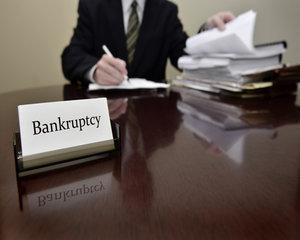 Legea privind insolventa persoanelor fizice va intra in vigoare la 1 august 2017
