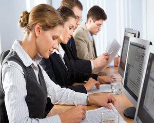 Studiu: Dezvoltarea carierei, printre interesele majore ale angajatilor romani
