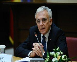 Isarescu: Nu am vazut niciodata in 27 de ani o situatie macroeconomica mai buna in Romania, dar nici riscuri mai mari