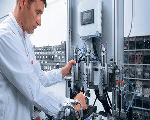 Draxlmaier inchide fabrica din Pitesti si trimite acasa 800 de angajati