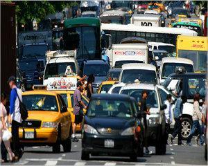 RAR: 5% din vehiculele verificate in trafic, in 2016, prezentau pericol iminent de accidente
